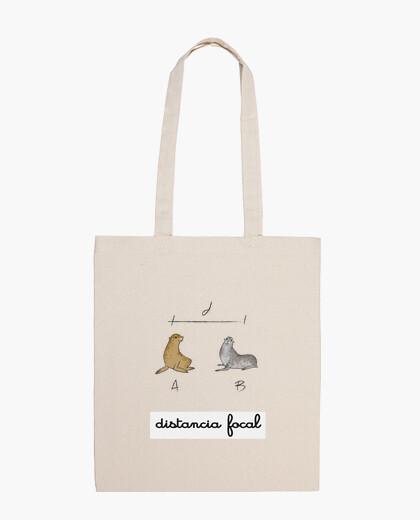 Focal distance bag