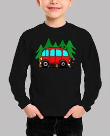 Furgoneta hippie y bosque de pinos