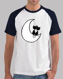Gatos en la luna