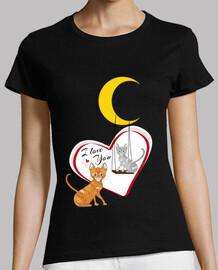 gatti innamorati sotto la luna