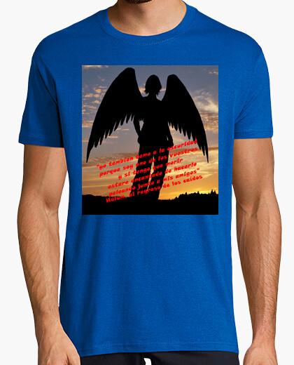 Camiseta Hálum, el regreso de los caídos
