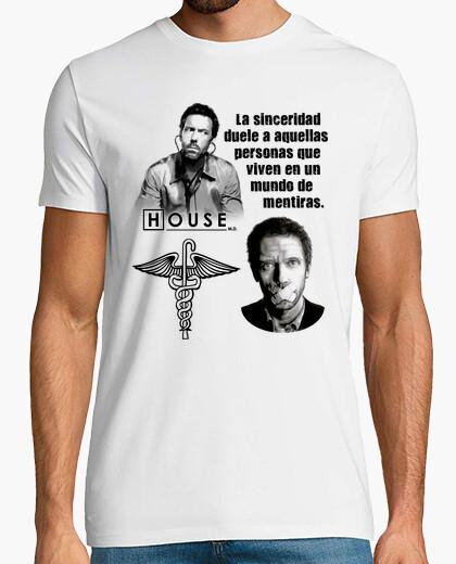 Camiseta House - La sinceridad duele a aquellas personas que viven en un mundo de mentiras