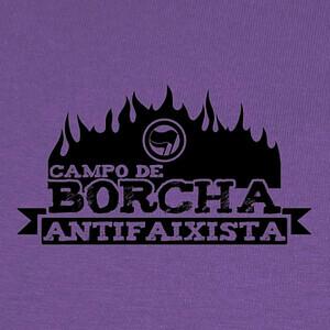 Campo de Borcha Antifaixista T-shirts