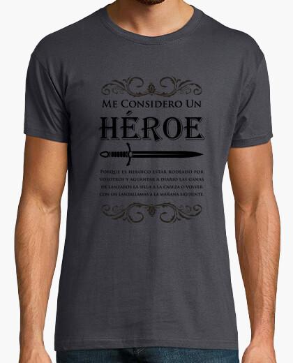 Tee-shirt je me considère comme un héro