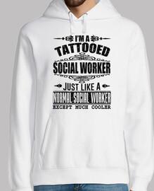 je suis tatoué travailleur social