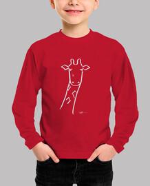 jirafa en camiseta blanca del niño