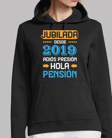 Jubilada Desde 2019, Adiós Presión Hola