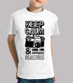 keep calm and cherchez des objets diffé