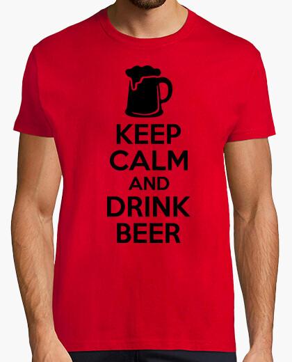 Camiseta Keep Calm and Drink Beer