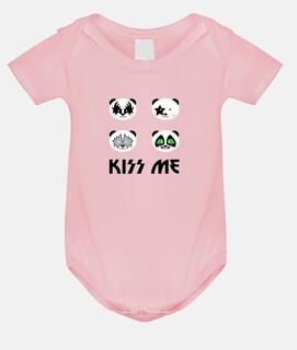 kiss me panda