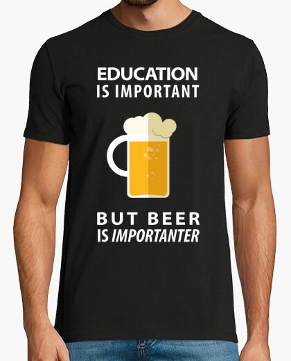 Tee-shirt la bière est importante