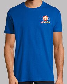 la camiseta del hombre flaca