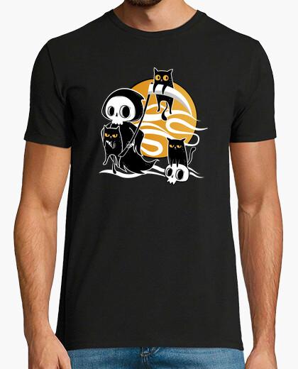 Camiseta la muerte con guadaña y gatos negros