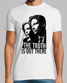 La Vérité est Ailleurs (X-Files : Aux frontières du réel)