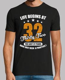 la vida comienza a los treinta y dos