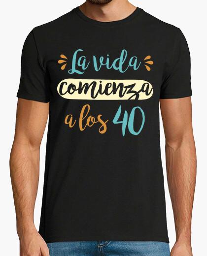 Tee-shirt la vie commence à les 40, 1980