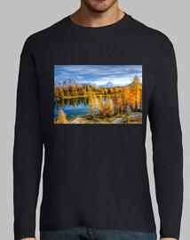 Lago otoñal