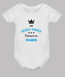 las hermosas niños están nació en marzo