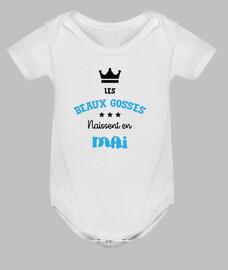 las hermosas niños nacidos en mayo / be