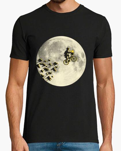 T-shirt lasciando città verde