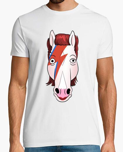 Tee-shirt le cheval qui est tombé sur la terre