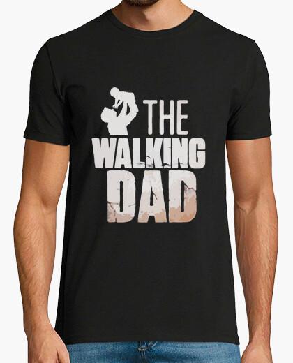 Tee-shirt le garçon de papa qui marche