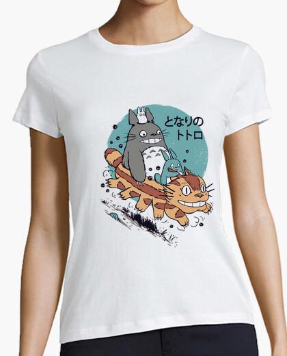 Tee-shirt les voisins sillonnent la chemise des femmes