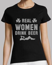 les vraies femmes boivent de la bière