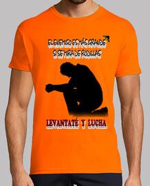 Levantaté y Lucha (En Negro) - Camisetas