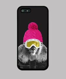 Lion snowboarder