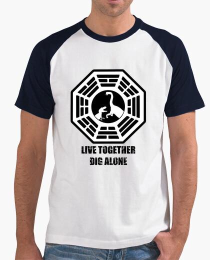 Camiseta Live together, dig alone