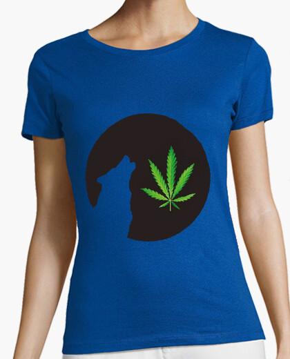 Camiseta lobo luna llena de malas hierbas