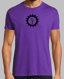 Logo USB. camiseta lila.