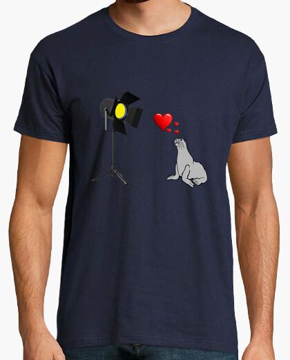 Camiseta Love foc@s. Amor de la foca al foco.