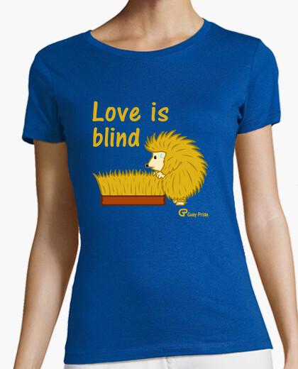 Camiseta Love is blind