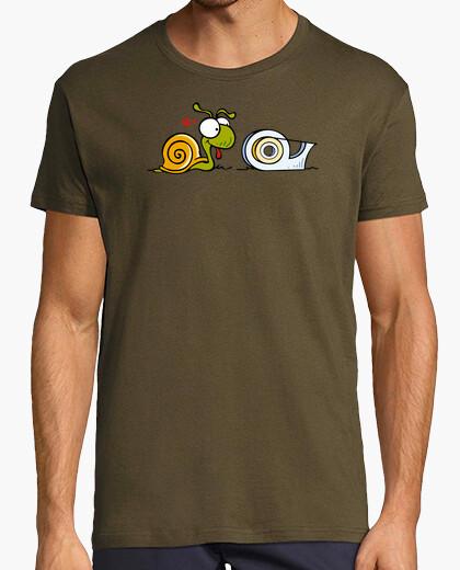 T-shirt lumaca e zelo