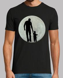 Luna llena con padre e hijo