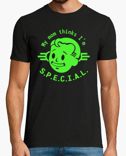 Tee-shirt Ma mère pense que je suis spéciale