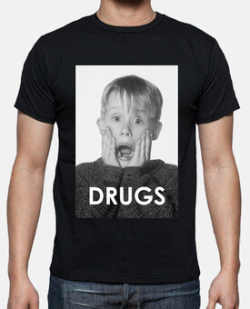 MACAULAY CULKIN - DRUGS