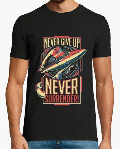 T-shirt mai arrendersi