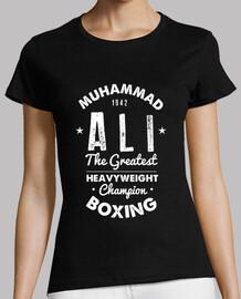 M.Ali boxing Chica
