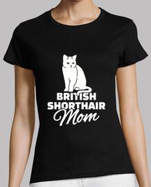 Mamá británica de pelo corto