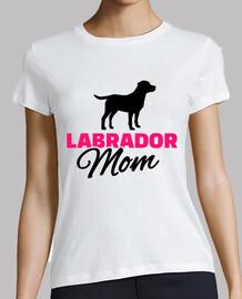 mamá de labrador