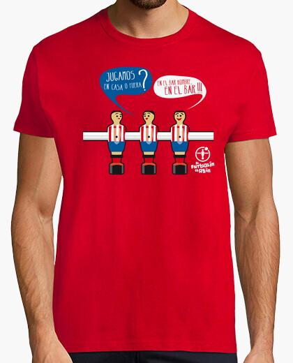 Man in bar, bar t-shirt