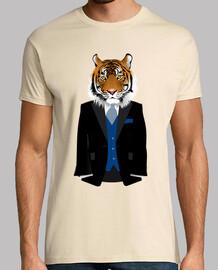 man tigre iqui avec costume