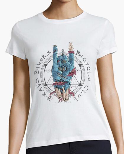 Camiseta Mano Cornuda Zombie