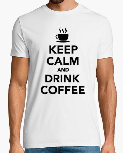 Camiseta mantén la calma y bebe café