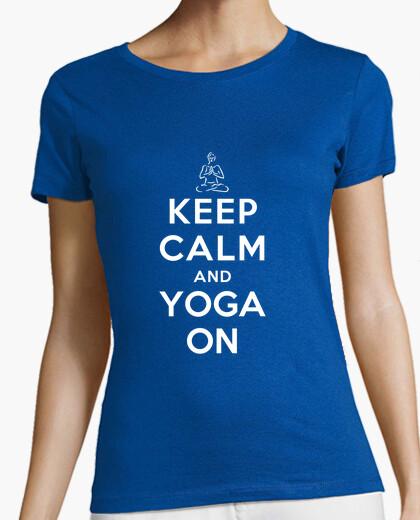 Camiseta mantén la calma y yoga en