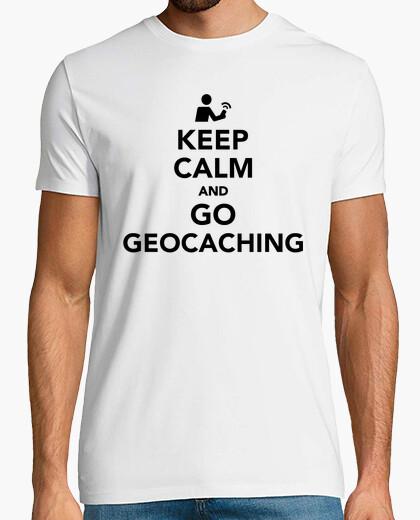 Camiseta mantener la calma e ir geocaching