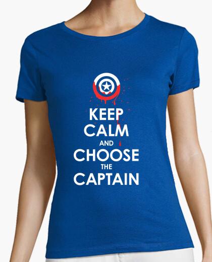Camiseta mantener la calma y elige el capitán